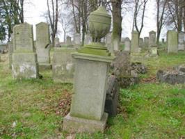 Zabytki przy noclegach - Cmentarz Mennonicki w Stogach